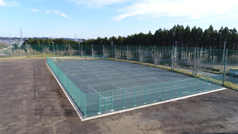 画像:秋田市立御所野学院高等学校 テニスコート改修工事