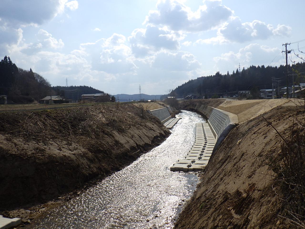 画像:河川災害復旧工事